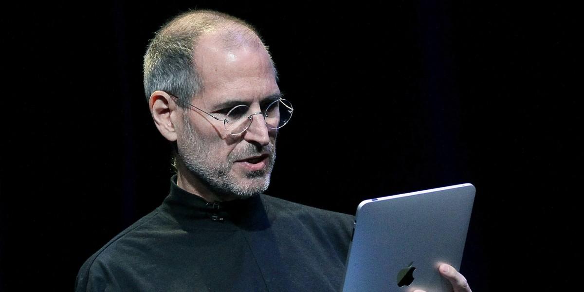 Sette anni senza Jobs: così Apple è cambiata
