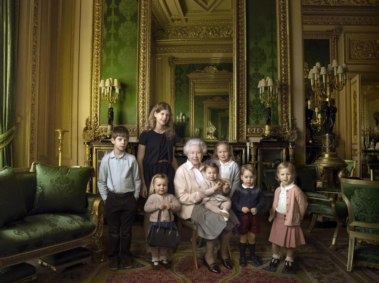Giubileo di Zaffiro. La Regina Elisabetta da 65 anni sul trono