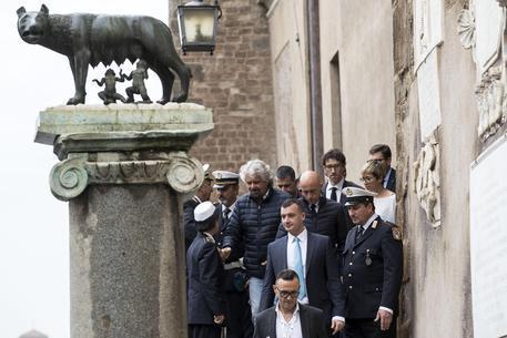 Roma: Grillo sul blog, ecco i 43 successi di Raggi