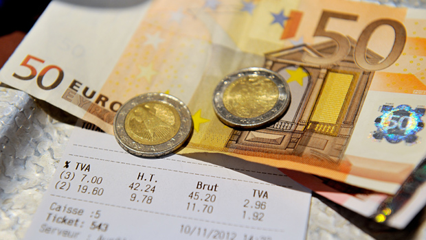 FRANCE-POLITICS-ECONOMY-RESTAURANTS-HOTELS-LIFESTYLE